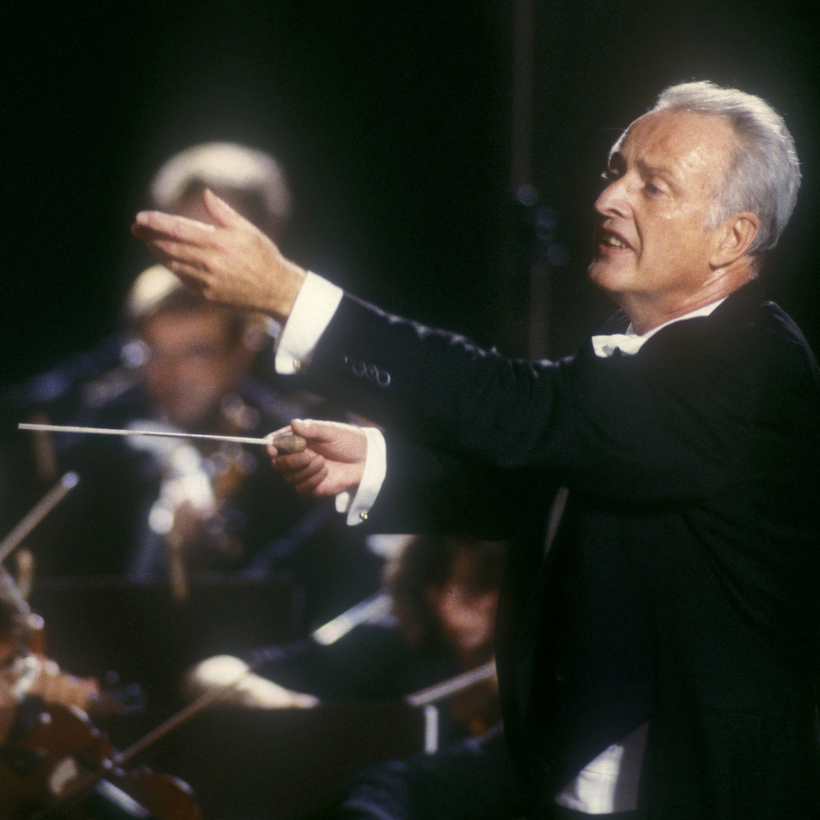 The Austrian conductor Carlos Kleiber at a concert in Pompeii in 1987.